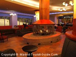 Relax in the Xanadu Centre Bar