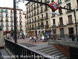 Plaza Chueca, your starting point from the metro