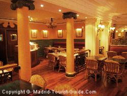 The Lavish Café-Bar And Salon In The Hotel Carlos V Madrid